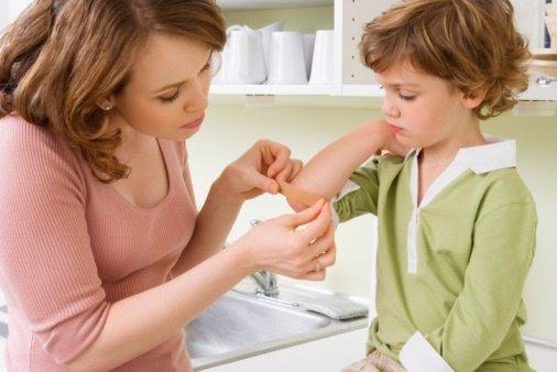 Cómo curar heridas en niños