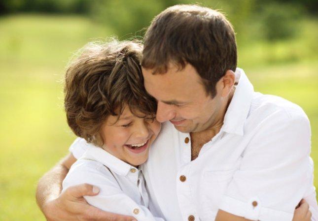 Elogiar a los niños para educar en valores