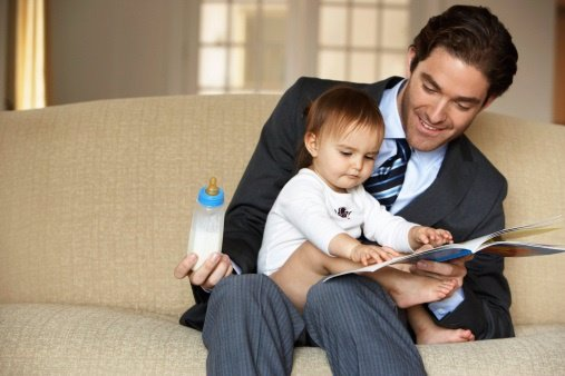 El permiso a la paternidad genera miedo en los padres