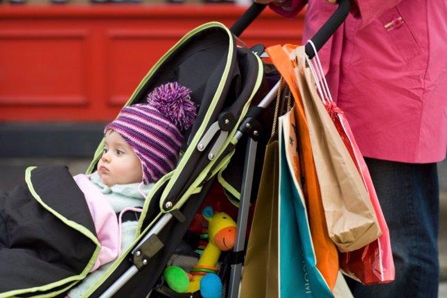 Gastos de bebé y trucos para ahorrar. Carrito, compras