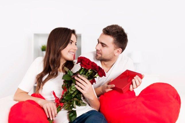 Romántico, San Valentín, Rosas, regalos, amor, romanticismo