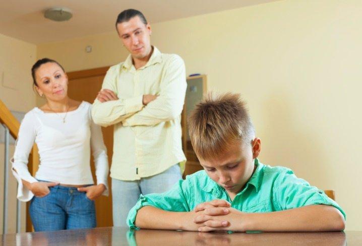 Los errores que cometemos los padres con los castigos