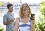 WhatsApp y Line en la vida en pareja (THINKSTOCK)