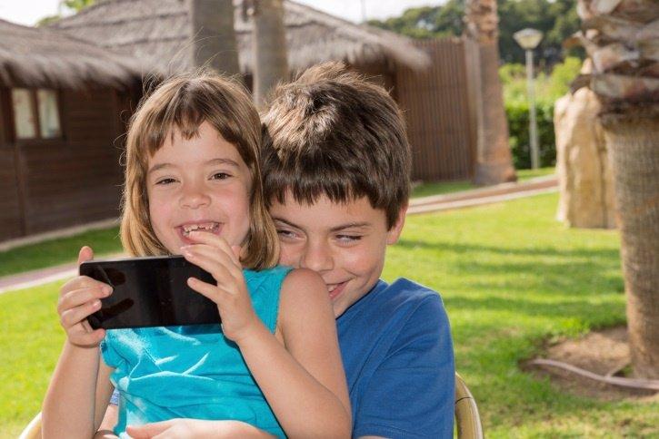 Niños y móvil, cinco apps para aprender jugando
