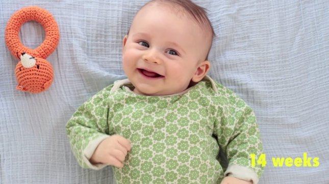 Vídeo del crecimiento de un niño en un año