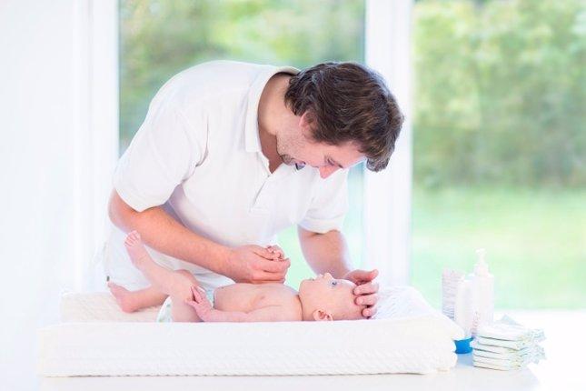 Resultado de imagen para papas y cambiadores de bebe