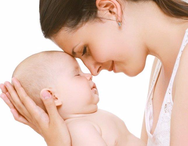 Lactancia materna contra la piel atópica del bebé