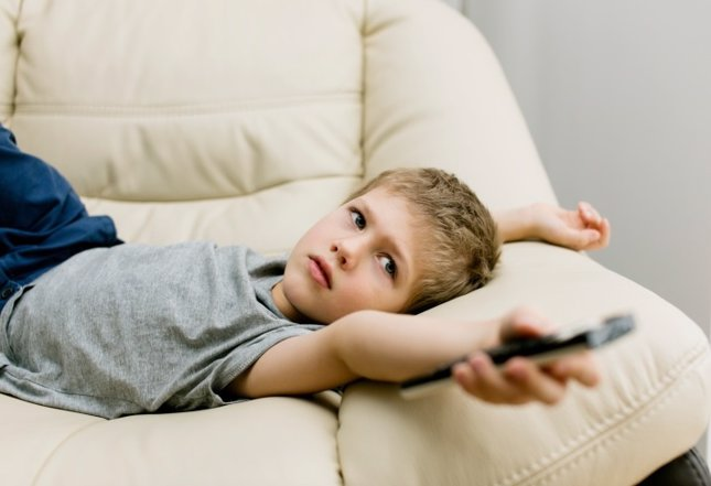 Cómo poner limites a los niños para ver la televisión