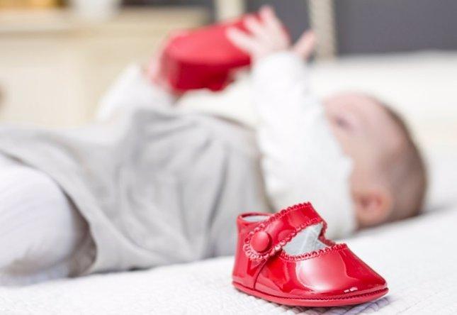 Primeros zapatos del bebé