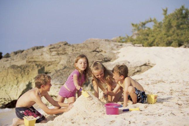 Playa, castillos de arena