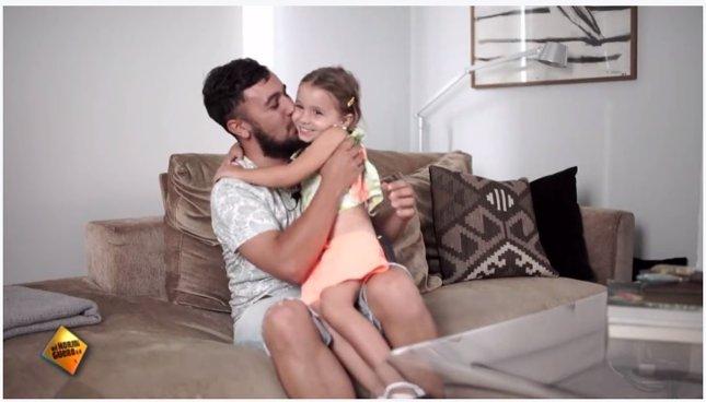 Padres se emocionan con sus hijos