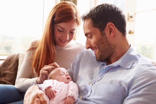 Recién nacido, madre, padre
