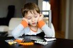 Medicamentos para el resfriado en niños, ¿son peligrosos? (THINKSTOCK)