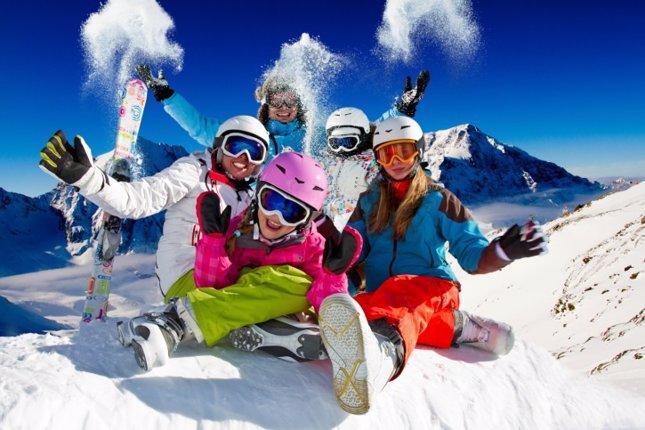 Esquiando en familia, las mejores estaciones familiares