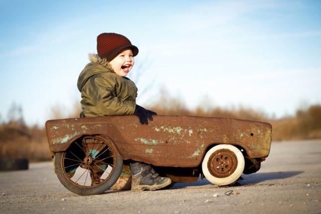 Ford monta coches de juguetes por un día
