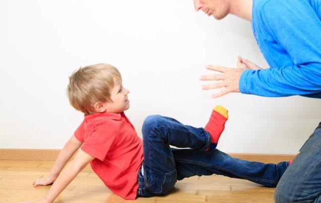 El matrato de hijos a padres