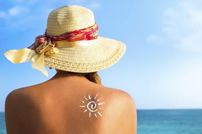 Protege tu piel del sol, según tu fototipo