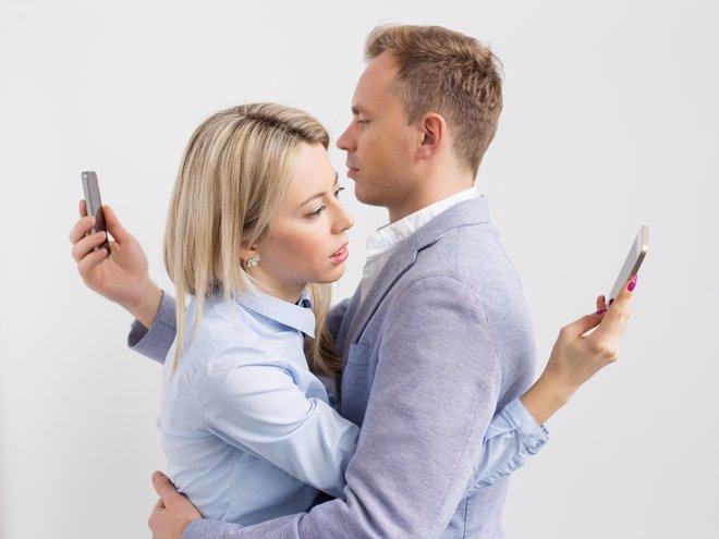 Relaciones de pareja en Internet