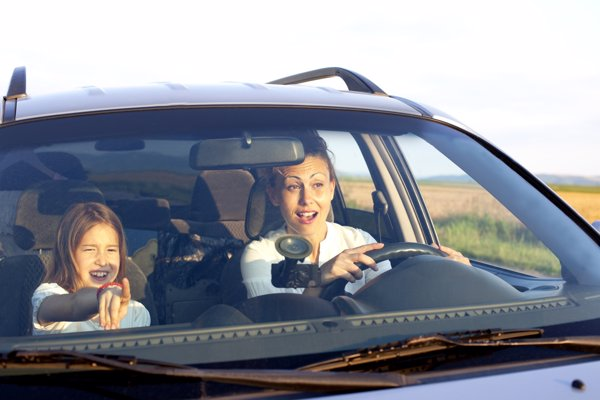 Al volante con una sonrisa