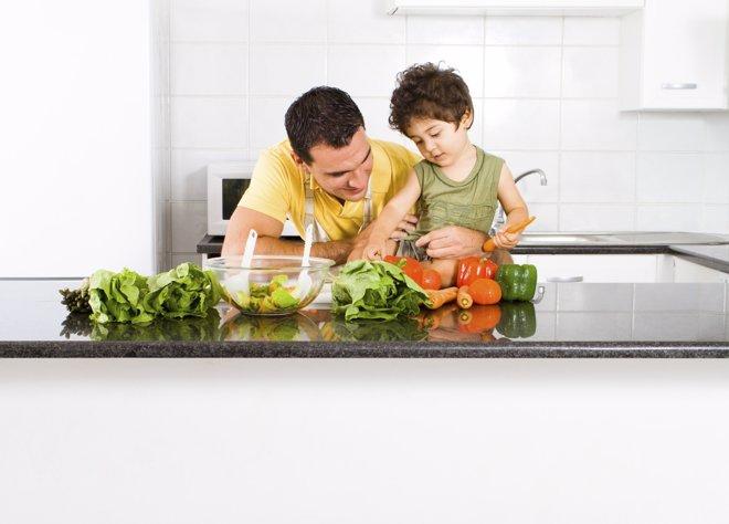 La actitud de los padres, clave en la enseñanza de un buen estilo de vida