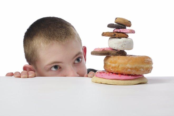 Seis cucharadas de azúcar debe ser el límite en la dieta de los niños