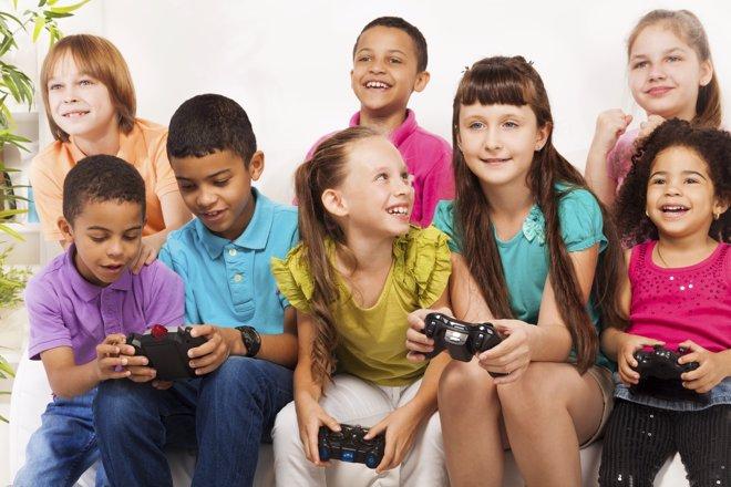 Los videojuegos entrañan muchos peligros si se abusa de ellos