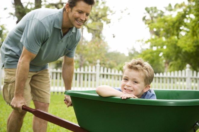 Las funciones de los tíos dentro de la familia