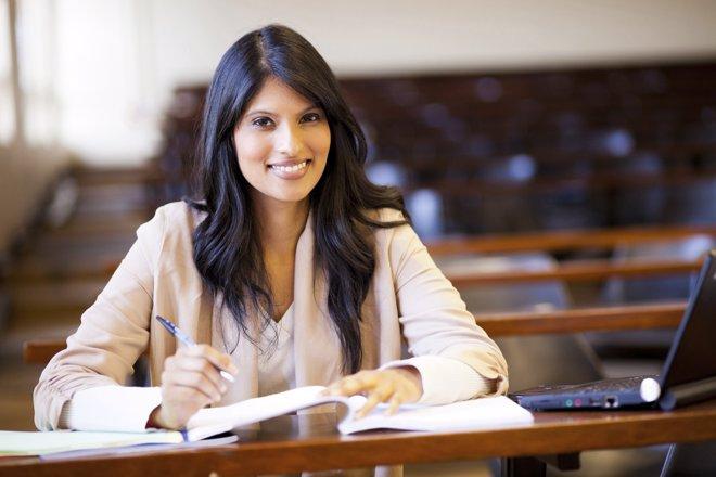 El doctorado y la tesis doctoral