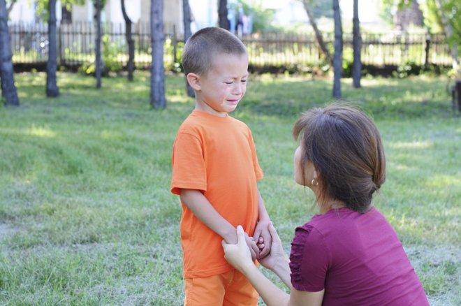 ¿Tu Hijo Finge Estar Enfermo? Aprende A Entender Por Qué Lo Hace