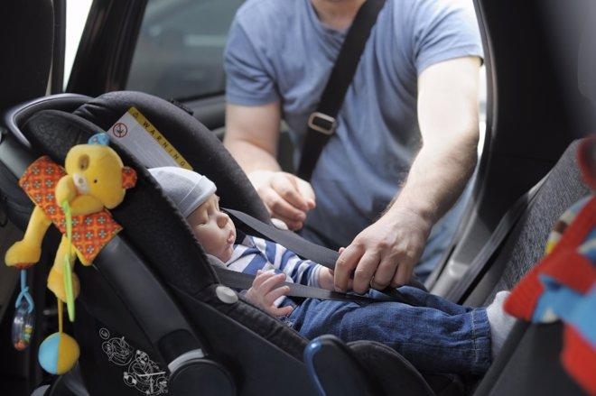 ¿Van Seguros Los Niños En Los Vehículos?