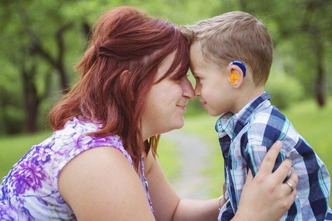 Detectar la sordera precozmente puede prevenir muchos problemas