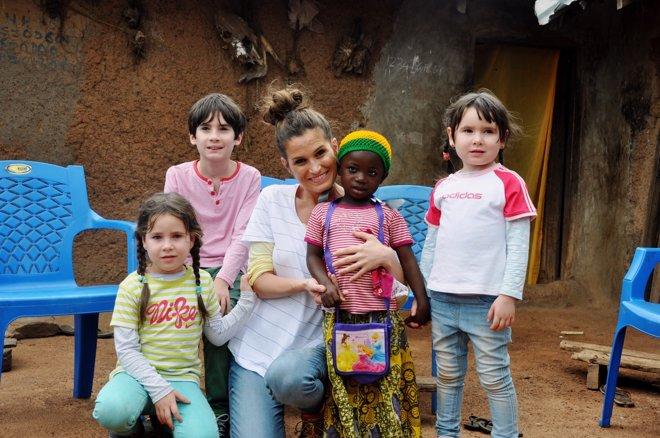 Verdeliss y sus hijos en Ghana