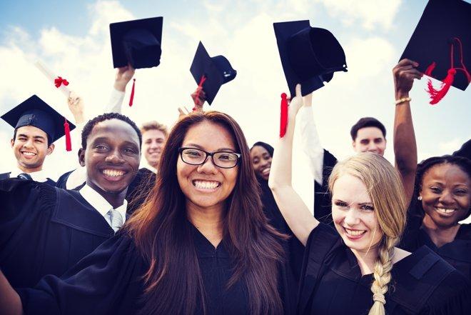 Las notas del expediente no son la única clave para entrar en una universidad