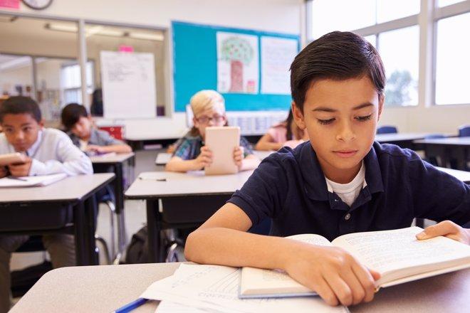 El Gobierno apostará por más horas de lectura en los colegios