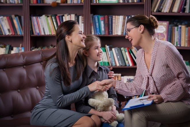 Cómo preparar una entrevista con el profesor de tus hijos