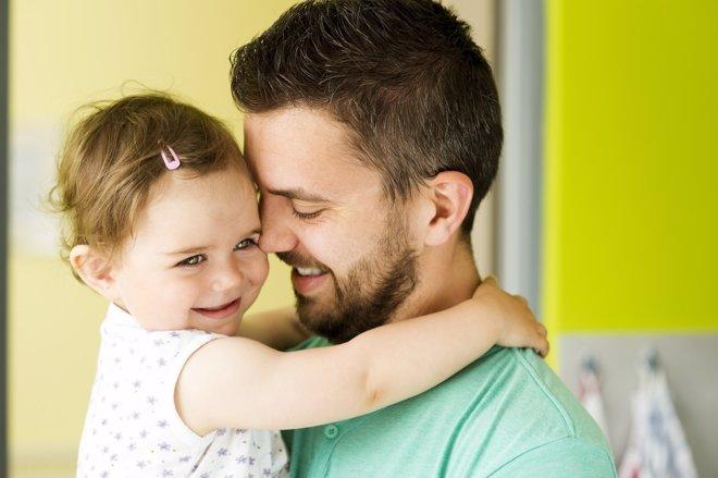 La conciliación del padre ayudaría a la igualdad laboral entre hombres y mujeres