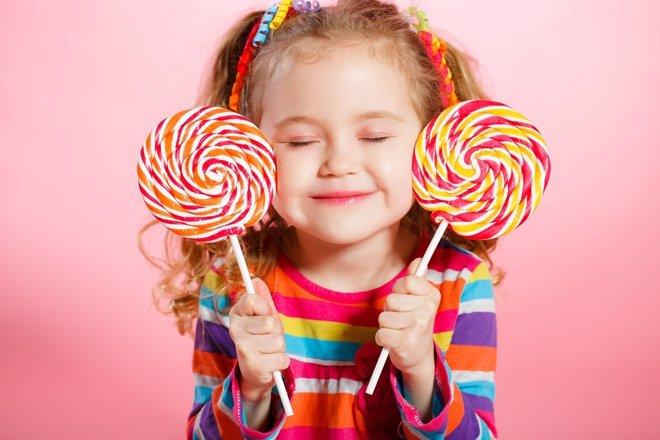 Dulces, enemigos de la salud infantil