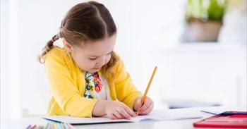 Niños zurdos: 10 claves para su adaptación al colegio