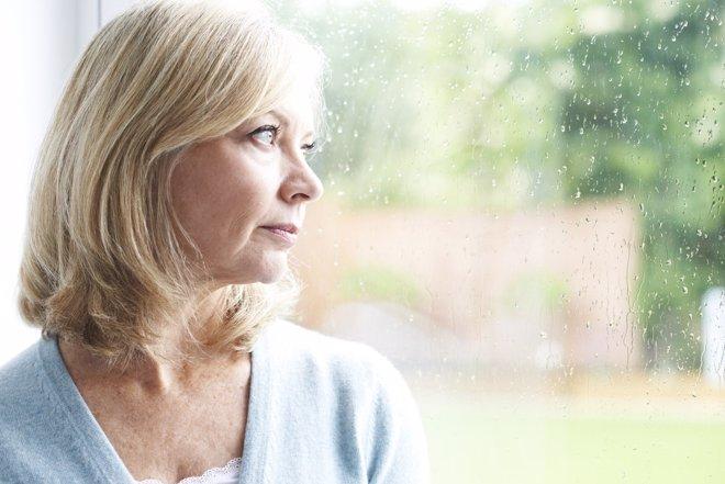 La depresión en mujeres es causada muchas veces por el síndrome del nido vacío